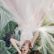 Wedding photographer Lesya Lupiychuk (Lupiychuk). Photo of 07.07.2017