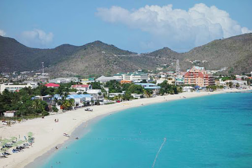 A sunny beach, made for lazing, during our day trip to St. Maarten.