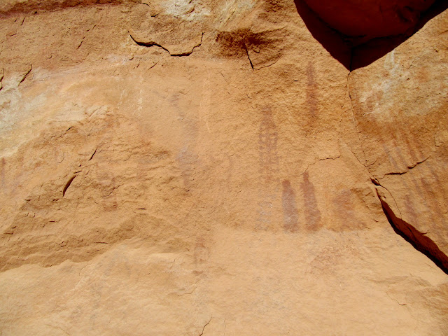 More faded pictographs