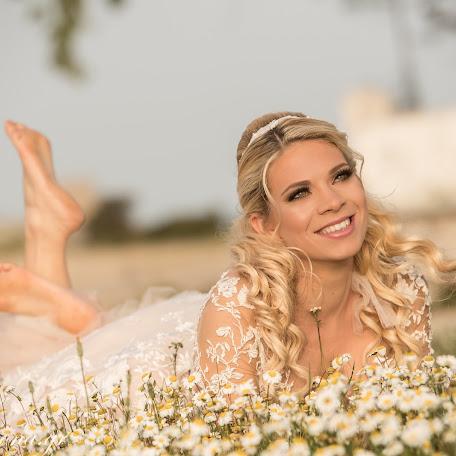 Wedding photographer Stavroula Stavraka (EIKONA). Photo of 11.11.2017