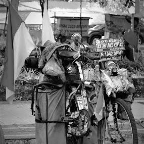 Around The World by Rizal Marsa - Transportation Bicycles (  )