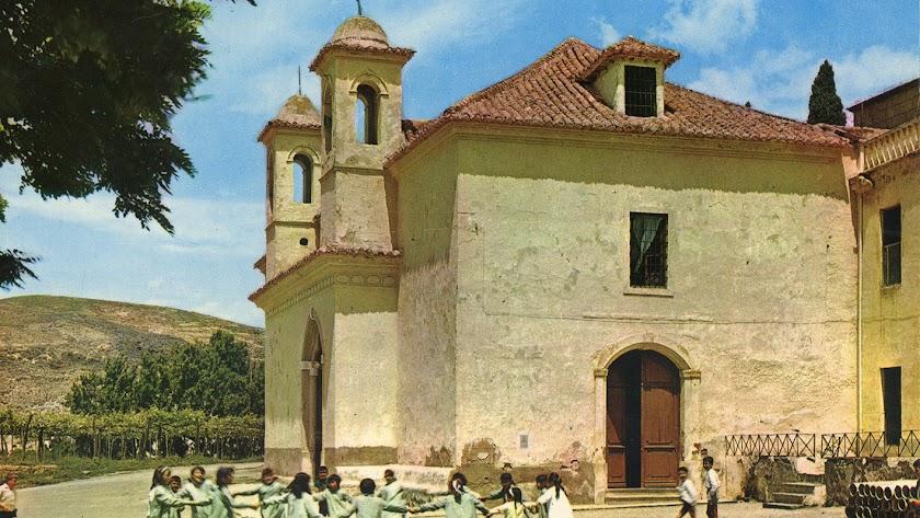 Imagen del santuario de Nuestra Señora de Gádor en tiempos pasados.