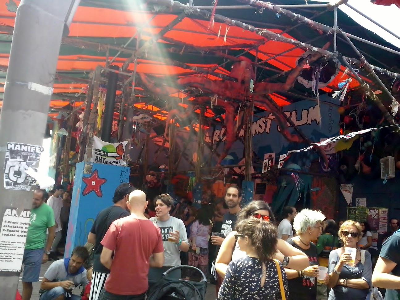 Feria de Bilbao 2015 cañas al lado del río