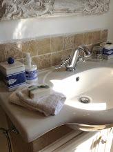 Photo: Green Room Bathroom