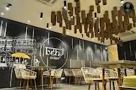 Benji Cafe photo 17