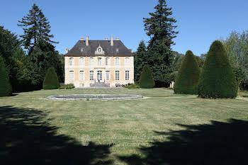 Château 16 pièces 840 m2