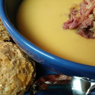 Mom's PEA Soup with HAM