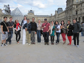 Photo: Group picture at the Louvre.