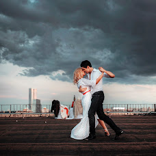 Wedding photographer Dmitriy Pisarev (DmtrP). Photo of 23.02.2015