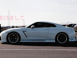 NISSAN GT-R R35のカスタム事例画像 のりりんspec906さんの2021年01月02日08:24の投稿