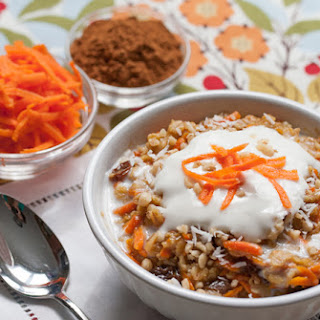 5-Minute Carrot Cake Oatmeal