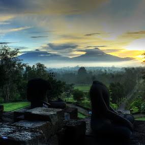 Pesona Borobudur by Yudhi Hendra - Buildings & Architecture Statues & Monuments