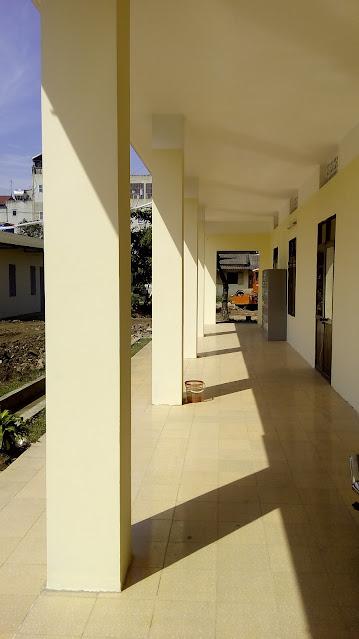 hành lang phòng học