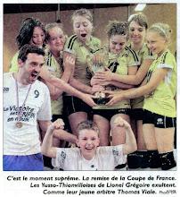 Photo: 28-05-2012 Remise de la coupe aux benjamines