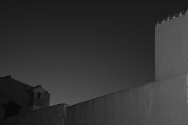 Dietro il muro di gianas