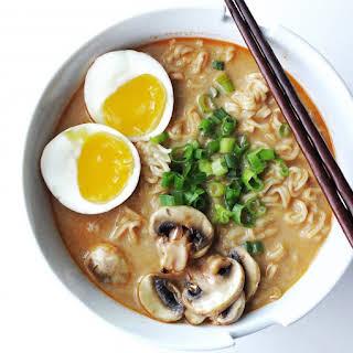 Easy & Quick Creamy Spicy Miso Ramen.