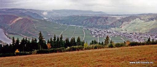 Photo: Sonnenberg. Uitzicht over Trittenheim en de Moezel.