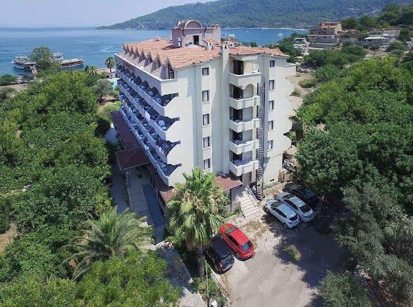 Verano Beach Hotel