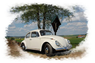 Photo: VW Käfer ( Bj. 1966 ) am Sonntag, 4.5.2008 mal aus der Garage geholt und mal schnell nach Hexenagger gefahren, vorher beim Oldtimertreffen im Högnerhäusl vorbei geschaut, dort eine deftige Schweinshaxe verputzt und ein dunkles Weissbier getrunken. www.kaeferfreunde.hux.de