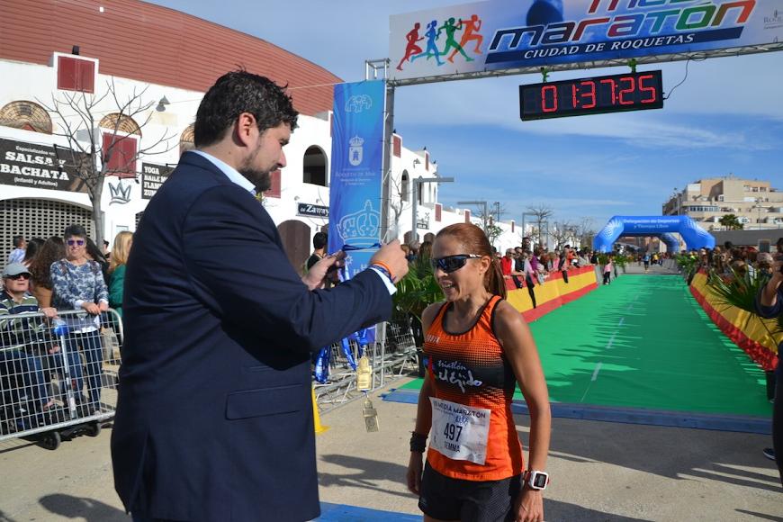El concejal Francisco Gutiérrez con Gemma.