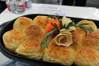 Photo: Garlic Cheese Rolls!!!
