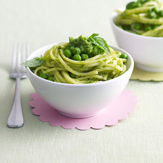 Spaghetti with Pea Pesto