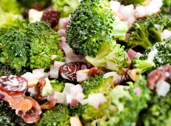 Summer Broccoli Salad Recipe