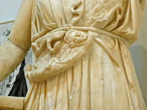 Photo: Minverva uit Cyrene, detail