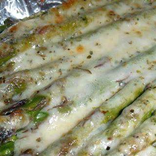 Garlic Parmesan Asparagus .