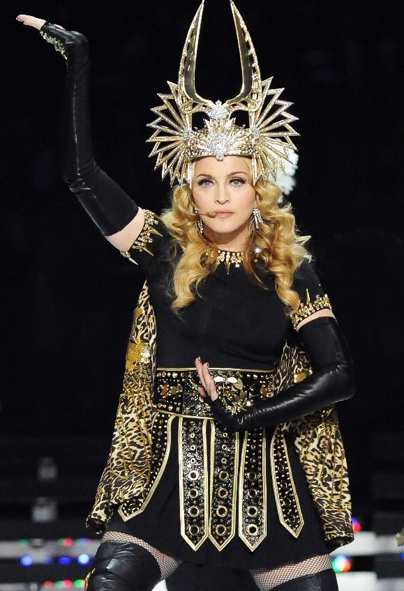 Madonna Superbowl | Madonna, Super bowl, Fashion