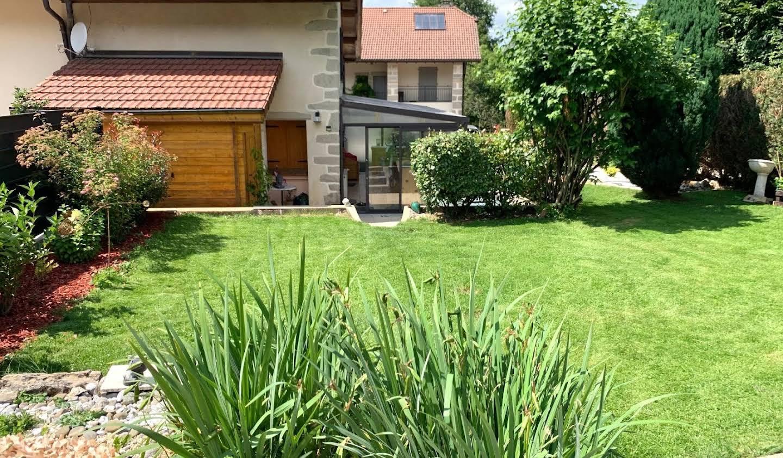 Maison avec terrasse Neydens