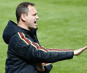 """""""Vooral een serieuze klap voor de meisjes zelf"""": coach Donnay legt het verlies van kapitein Vierendeels uit vlak voor EK U19"""