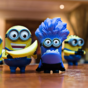 Minions, Good & Bad by Marc Crowther - Artistic Objects Toys