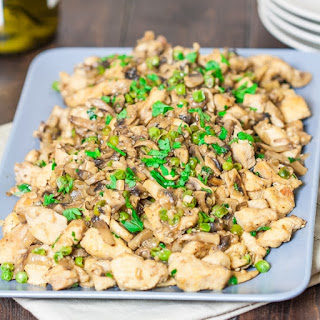 Skinnified Chicken and Mushrooms with White Wine.