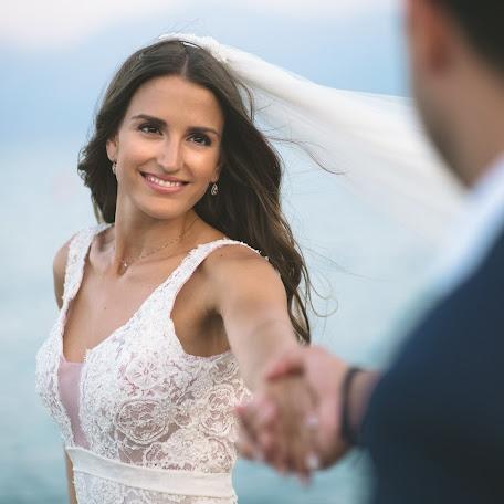 Wedding photographer Vasilis Kavousakis (passM7308). Photo of 28.01.2018