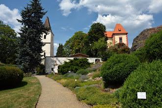 Photo: Na skale w centrum miejscowości stoi pierwotnie gotycki zamek.