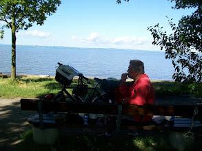 Photo: 9e Dag, vrijdag 24 juli 2009 Obersiggingen - Bludens (Oosterijk) Dag afstand: 125 km, Totaal gereden: 825 km Ontbijt aan de Bodensee bij Langenargen .