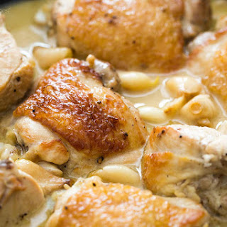 Garlic Chicken with White Wine Sauce.