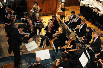 Photo: David Burchell, orchestra and Grace Park