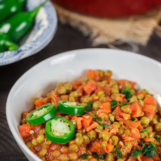 Egyptian Vegan Stew with Peas and Carrots.