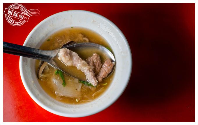 高雄郭嘉義雞肉飯 香菇肉焿