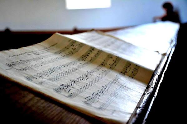 Tracce di musica: la solitudine dello spartito. di Stefi75