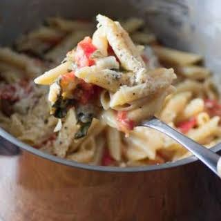 One-Pot Easy Caprese Pasta.