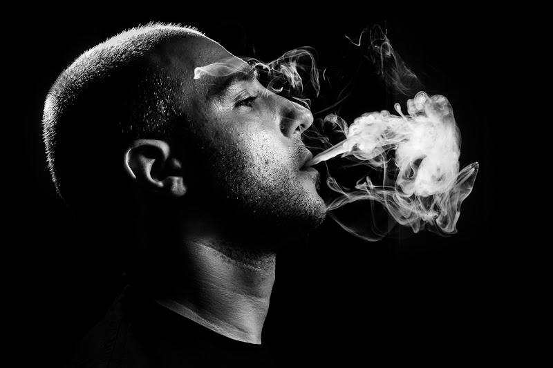 Ragazzo che fuma di Dario Lo Presti