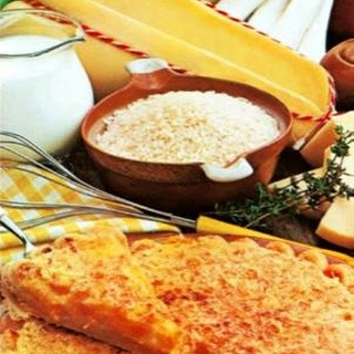 Provolone Valpadana rice pie