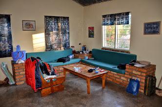Photo: Obývací kout, v noci k garáž.