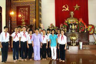 Photo: THCS Lê Độ - Chào mừng Ngày thành lập QĐND 20-12-2010