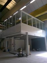 Photo: Soppalco chiuso con pannelli e serramenti