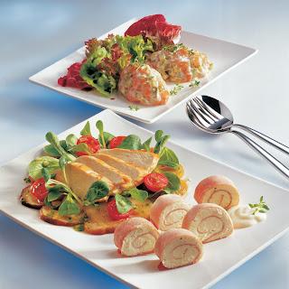Steinpilz-Vogerlsalat mit gebratener Hühnerbrust