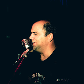 Feeling by João Pedro Ferreira Simões - People Musicians & Entertainers ( music, band, microphone, drm, sing, singer, venue, live )